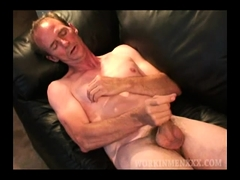 Mature Amateur Tim Jacks Off