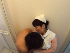Asian sweetheart gives nive tugjob