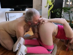 Steaming young chick deepthroats old guy gets cookie licked