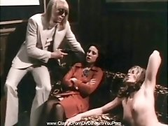 Retro Dykes Play With Pussy