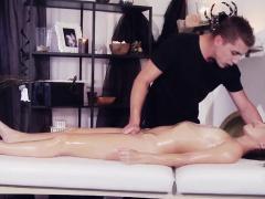 Massage babe cocksucking vampire masseur