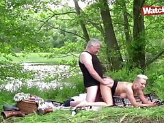 Picknick mal anders Outdoor Sex