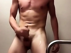 Lollipop twinks do gay sex