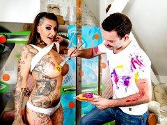Busty tattooed German pornstar Wild Vicky fucks newbie fanboy painter