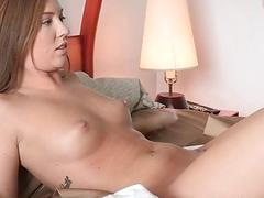 Hunk surrenders his wang to a hottie and lusty mum