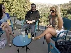 Singles group sex in Foursome mansion