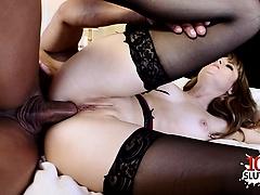 Tettona italiana cum inside pussy