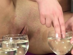 Golden shower loving goddess plays watersports alone