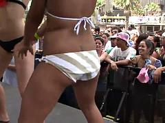 hot chicks in bikini and crowd watching
