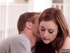 Hot babe Danni Rivers gets a surprise sex