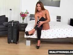 RealityKings - Mikes Apartment - Nicole Vice Renato - Just One Night