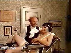 Retro barbe shaves a babes hairy beaver
