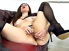 sexy mature mom loves fur and new cocks