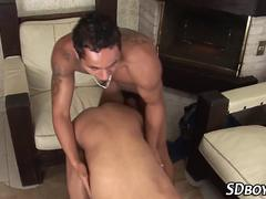 Latino hunk eating hole
