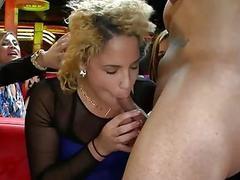 Cute chicks are having joy sucking dudes wang