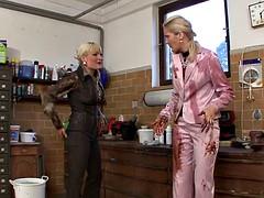 la bella blanca joins a friend for a messy lesbian session