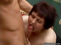Fat mature woman goes crazy sucking part4